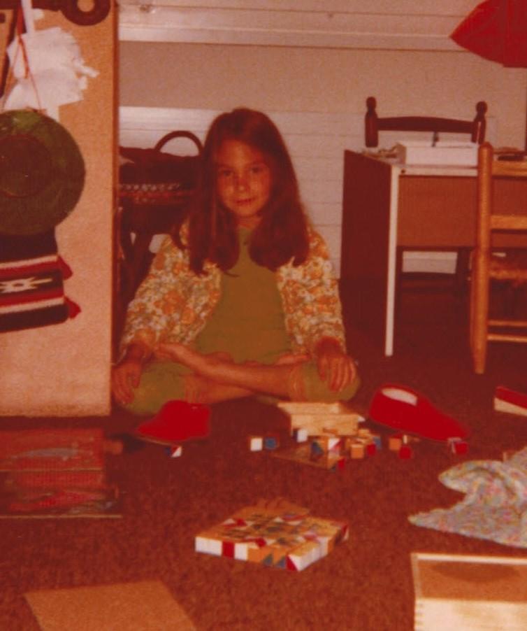 Vieles, was mir noch heute wichtig ist, fühlte ich schon in meiner Kindheit. Ich im Alter von sechs Jahren, im jetzigen Alter meiner Tochter.
