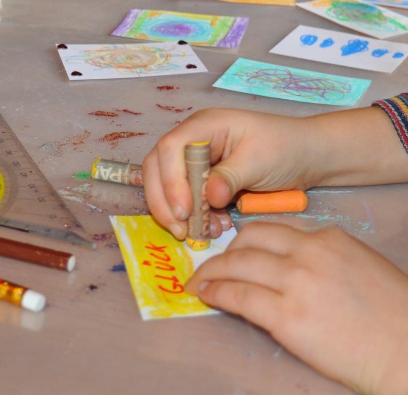 Mit ganz verschiedenen Ideen gingen die Kinder an die Arbeit.